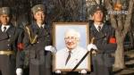 Кыргыз эли залкар акын Сооронбай Жусуев менен коштошту