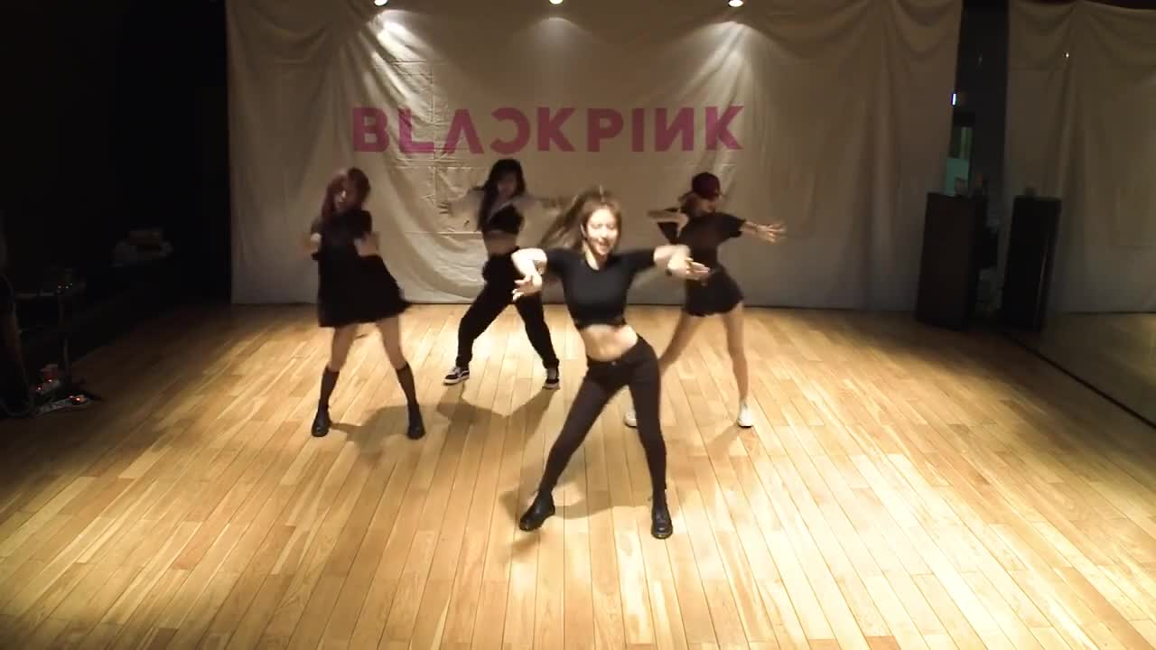Blackpink – (As if it's your last)' dance practice video